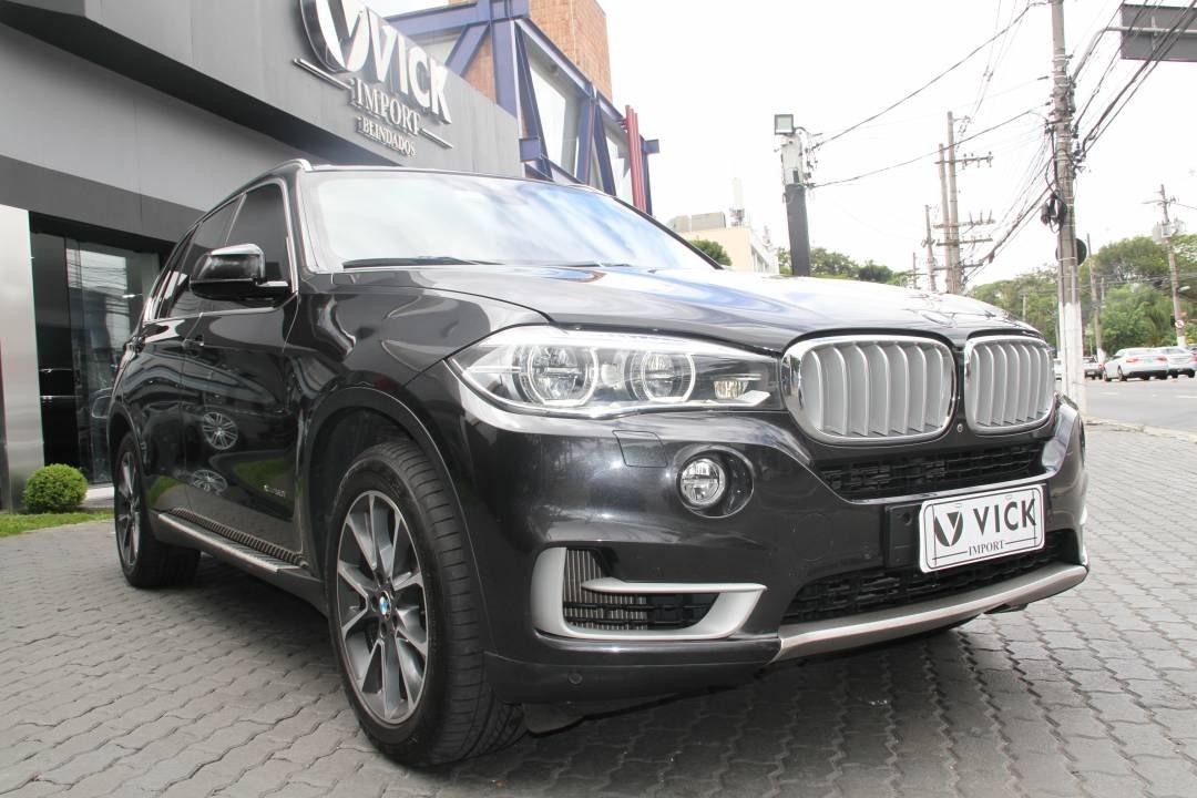 BMW X5 V8 4.4 50i xDRIVE 2014 Cinza Blindada