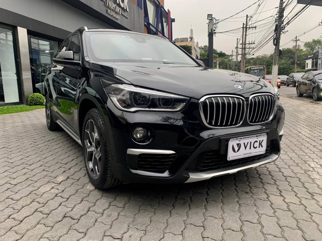 BMW X1 2.0 XLine 20i ActiveFlex 2016 Blindado