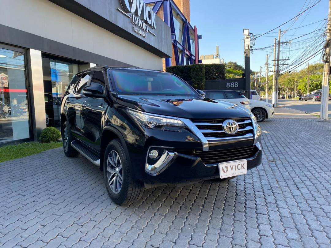 Hilux SW4 2.8 Turbo 2017 Diesel Blindada